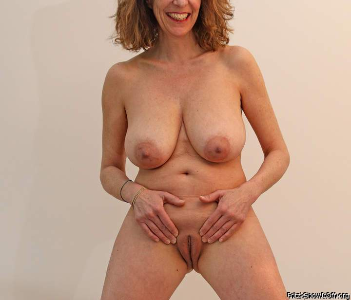 Shannon elizabeth nude movies